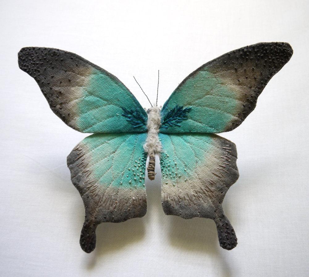 Papillon vert broderie Yumi Okita
